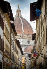 Il Duomo di Firenze - Florence Cathedral (ludderz) Tags: duomo di firenze florence cathedral italy architecture hdr light bright sunny europe scale canon