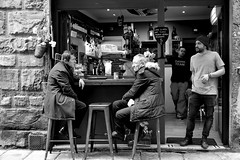 morning in Florence (Roi.C) Tags: florence people street italy sit sitting seated blackwhite black white nikkor nikond5300 nikon outdoor europe