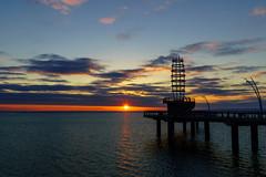 Sunrise Lake Ontario (AncasterZ) Tags: sunrise sunset spencersmithpark lakeontario sunburst sunlight