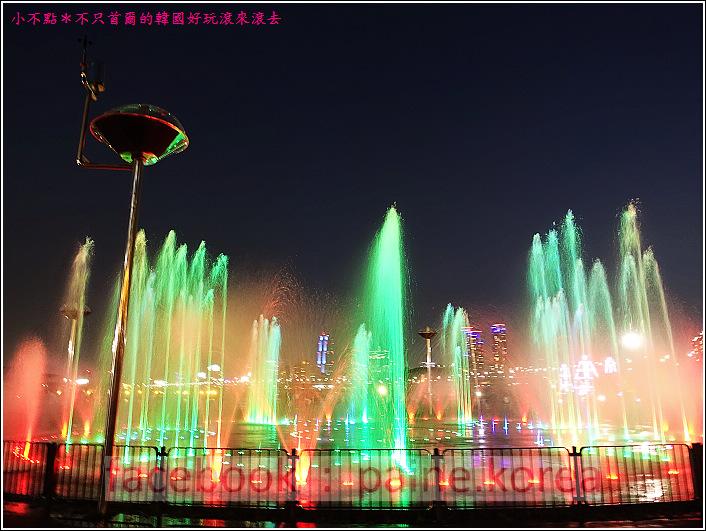 首爾纛島公園音樂噴泉 (21).JPG