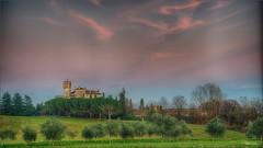 Dentro una fiaba. (valpil58) Tags: castello hdr 4k uhd fagagna villalta friuli landscape panorama tramonto sunset nikon d800 2485mm castle