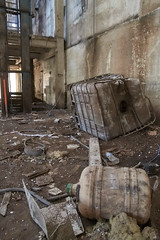 Cuba de agua (Francisco Chornet) Tags: none abandoned avidesa alzira abandonado sony sonystas a58 tamron1750