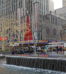 RockCenter16_121416-007 (bribakove) Tags: 2016 nyc rockefellercenter