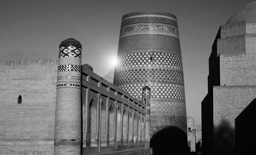 "Torres legendarias / Faros, minaretes, campanarios, rascacielos • <a style=""font-size:0.8em;"" href=""http://www.flickr.com/photos/30735181@N00/31722256323/"" target=""_blank"">View on Flickr</a>"