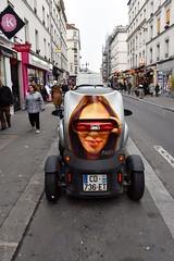 Renault Twizzy (FaceMePLS) Tags: parijs paris frankrijk lafrance frankreich facemepls nikond5500 straatfotografie streetphotography auto voiture wagen wheels voertuig ehv optic reclame advertissement marketing madeenfrance