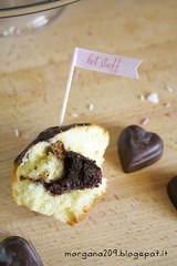 MuffinSanValentino_007w (Morgana209) Tags: love sanvalentino amore muffin cioccolato nutella yogurt facili veloci innamorati cuore tag flag handmade cucinareconamore heart 14febbraio fattoamano donospeciale