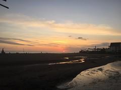 IMG_6169 (Bali .com - Snapshots from the Island of the Gods) Tags: finns beach balibeach canggu bali balicom balidotcom sunset beachclubs balisunsets wisata baliwisata