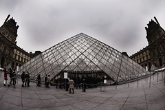 Louvre Museum (abdalmajeedTM) Tags: travel europe photography nikon vacation winter edit travilling traviling photographier colorful black white wanderlust places love 2017 january february paris france french eiffel tower disney disneyland disneyworld museum louvre musee statue notredame notre dame church art architecture gallary city country tag cool nice sexy classic view nature forever alone