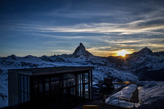 DSC_0994.jpg (GiorgioMa) Tags: italien schnee trees winter sky italy sun snow mountains alps sport alberi night clouds montagne stars snowboarding schweiz switzerland landscapes italia nuvole nacht himmel wolken berge cielo neve snowboard zermatt matterhorn alpen sole svizzera inverno sonne alpi bume paesaggi notte valais cervinia landschaften sterne stelle gebirge cervino mountainranges vallese catenemontuose