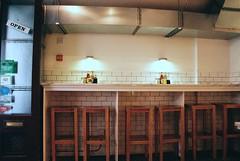 Covent Garden Pie Shop (Matthew Huntbach) Tags: london coventgarden hpsauce colmansmustard wc2 heinztomatoketchup pieshop