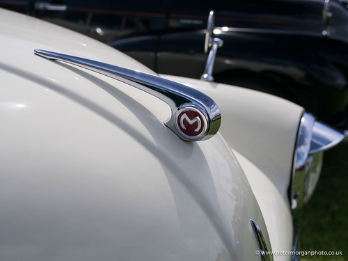 Vintage car show Porthcawl 20150801- Morris bonnet
