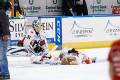 "Missouri Mavericks vs. Alaska Aces, December 17, 2016, Silverstein Eye Centers Arena, Independence, Missouri.  Photo: John Howe / Howe Creative Photography • <a style=""font-size:0.8em;"" href=""http://www.flickr.com/photos/134016632@N02/31608879662/"" target=""_blank"">View on Flickr</a>"