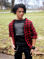 Vince (Anna Smithson) Tags: barbie ken doll homme integrity toys fashion royalty male one sixth flannel outfit joy division hot cute emo goth hipster guitar brunette model muse