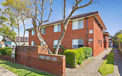 4/34 Benaroon Road, Belmore NSW 2192