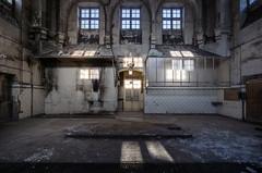 Fringale. (LoquioR) Tags: cuisine kitchen four cheminée abandoned abandonné decay exploration urbex urbaine