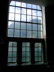 Window in to paradise (José Kroezen) Tags: norwegian museum hydropower industry norsk vasskraft og industristadmuseum norway window paradise