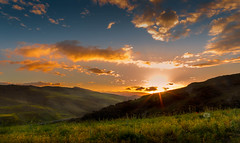 The Middle-earth (Michele Naro) Tags: middlehearth monacodimezzo petraliasottana landschaft landscape sonnenaufgang alba sicily sicilia sizilien sicile italien italy italia nikond80 nikon samyang14mmf28