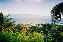 Sleepy Alotau, Papua New Guinea (Filmosaurus) Tags: milnebay papuanewguinea alotau pacific film 35mm olympusxa xa filmisnotdead tropical analog analogue fujisuperiaxtra400 superia
