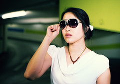 Trc (WolfgangDengler) Tags: street portrait people woman sexy girl beauty sunglasses fashion 35mm nikon asien outdoor flash sigma frau blitz mdchen sonnenbrille tiefgarage d800 streetfashion landshut lastolite speedlite attraktiv asiatisch ezybox sb910 sigma35mmart