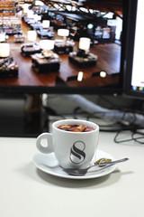 Tea time (Van Golliaz) Tags: desktop tea twinings burreau