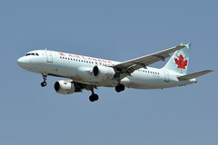 C-FLSS  LAX (airlines470) Tags: canada airport air msn lax a320 284 a320211 cflss