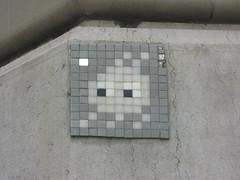 Space Invader BRN_26 (tofz4u) Tags: streetart tile grey gris schweiz switzerland suisse mosaic spaceinvader spaceinvaders bern invader svizzera berne mosaque artderue brn26