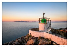 solpor en Punta Lameda [Explored] (Rafa Lorenzo) Tags: monteferro nigrán ríasbaixas ríadevigo illas cíes faro lighthouse