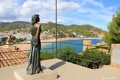 Ava Gardner et Tossa de Mar (Bernard Bost) Tags: 2016 canon espagne espanya spain catalogne catalunya catalonia tossademar statue belvedere belvédère avagardner