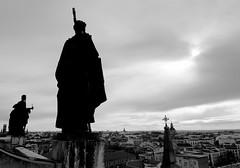 Madrid 1 (pjarc) Tags: europe europa spagna spain espana madrid dicembre december 2016 city città urban landscape bw black white photo nikon dx tokina 1224mm