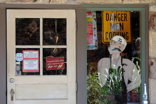 Wimberley - Danger : Men Cooking