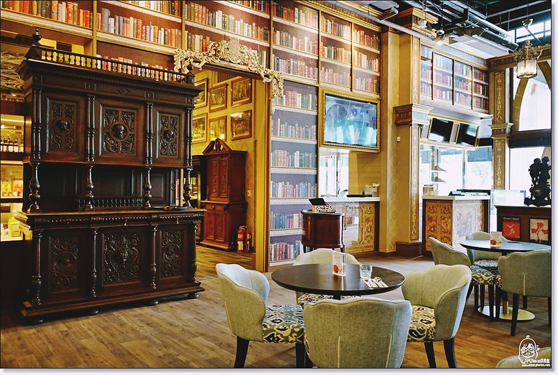 32522052455 741a202bde c - 『熱血採訪』台中東區 CUCLOS Cafe & Kitchen 馥樂詩輕食餐廳/新天地西洋博物館-一起走入文藝復興時期的古典歐洲之旅,造訪台中最美麗古典優雅的圖書館餐廳