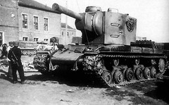 "KV-2 in German Service • <a style=""font-size:0.8em;"" href=""http://www.flickr.com/photos/81723459@N04/18431927653/"" target=""_blank"">View on Flickr</a>"