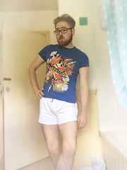 Old Shirt, New Shorts (elstro_88) Tags: gay selfportrait poser legs gayboy otter vpl bulge shortshorts gayman gaygeek