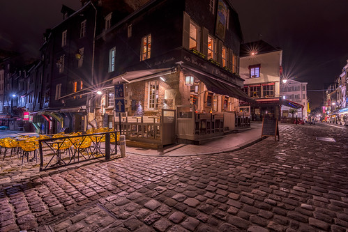 urban france lamp bar night photoshop restaurant cafe pub tripod cc stedelijk honfleur mei lightroom horeca stenen restoran 2015 keien straatstenen straatverlichting stadsfotografie avonfotografie nikond7100