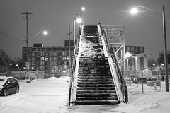 Wallace bridge (hogtown_blues) Tags: toronto ontario canada junctiontriangle wallaceavenue wallacebridge wallaceavenuepedestrianbridge footbridge winter 2016 snow night earlymorning blackandwhite blackwhite monochrome