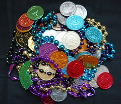 Mardi Gras doubloons and beads (Monceau) Tags: mardigras doubloons colorful beads maximalism odc 339366
