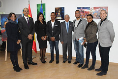 "Inauguración de la exposición ""Tierra Tricolor"" de Julio Reyes • <a style=""font-size:0.8em;"" href=""http://www.flickr.com/photos/136092263@N07/31714621594/"" target=""_blank"">View on Flickr</a>"