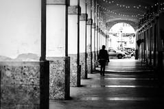 Passeggiata sotto ai porticati (santagatapaolo) Tags: cityscape street canon6d capua portici