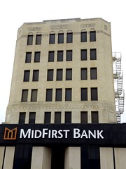 The MidFirst Bank in Chickasha, Oklahoma (kevinellison62) Tags: midfirstbank artdeco architecture building oldbuilding chickasha oklahoma bank