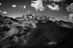 landscape b&w mountains (matwolf) Tags: mountains clouds nuage nuages noiretblanc noir noirblanc blancetnoir enblancoynegro blanco y negro blancoynegro schwarzweis montagne monochrome wolken berge rx 100 rx100 sony