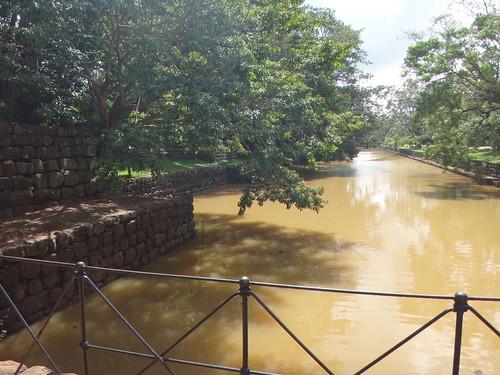 Sigiriya. El foso de la muralla. Sri Lanka