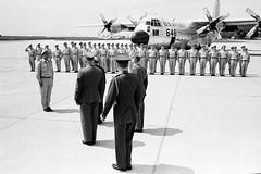 Verabschiedung des ersten UN-Zypern-Kontingents durch BM Prader (Bundesheer.Fotos) Tags: historisch bundesheer 60jahre schwechart