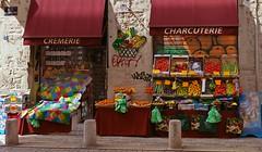 Couleurs  dguster (universeau) Tags: couleurs fruits rue street colors echoppe market lyon france picerie lgumes marchand commerce magasin alimentation etalage coloursplosion