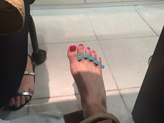First time at a Nail Salon ! (Inesines19) Tags: red man hot scarlett cute sexy men guy feet public glitter tokyo kiss toes long toe masculine nail tasty polish indoor nails barefoot salon pedicure ohara lovely straight nailpolish quick poli toenails homme essie varnish ongles pedi vernis