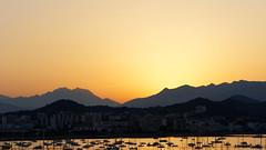 2015-07-06 - Le jour se lve_DxO (AdminOfPlaygroup) Tags: orange mer france montagne de lumire ciel bateau ajaccio fra immeuble effets pressants