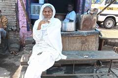 Portrait (Mayank Austen Soofi) Tags: white delhi eunuch hijra walla