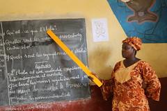 A teacher explains Ebola to her students (Global Partnership for Education - GPE) Tags: guinea teacher ebola gpe education health basiceducation globalpartnershipforeducation primaryeducation blackboard