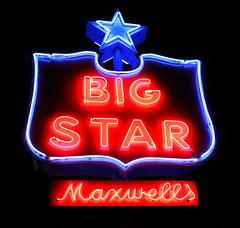 Maxwell's Big Star - Bolivar, TN (SeeMidTN.com (aka Brent)) Tags: sign star neon tn tennessee bolivar supermarket maxwell grocerystore maxwells bigstar hardemancounty bmok tn18 bmok2 tn125 maxwellsbigstar
