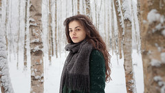 (altingfest) Tags: carlzeiss ze carl distagont1435 canon 35mm distagon 5dm2 5d 5dmark2 5dmarkii carlzeissdistagont35mmf14 girl portrait russia winter snow forest wide warm outdoor face