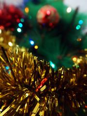 (Lidia Cozar) Tags: christmas xmas navidad nadal tree arbol yellow green red amarillo rojo verde happiness beautiful felicidad bonito